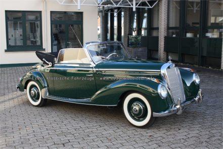 Mercedes-Benz 220 Cabriolet A
